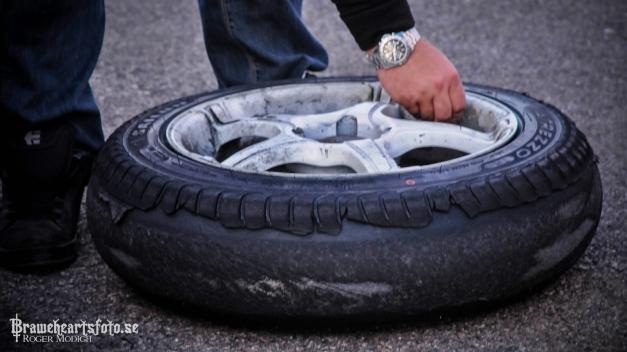 Klick på de sopsluta däcket så kommer mer bilder..